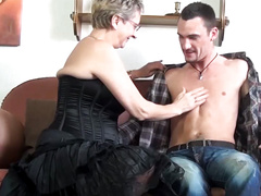 Gilf wants it young 2