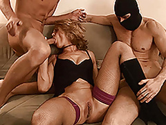 Sexy blonde MILF in a fantastic threesome oral action